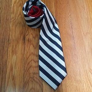 Tommy necktie
